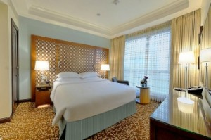 double king size bed room haram view in hilton suites